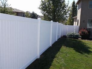 VINYL OR WOODEN FENCE CLEANING